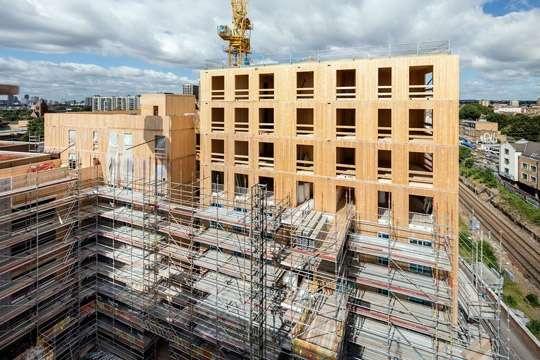 Самое большое здание из CLT предлагает решение проблем густонаселенных городов