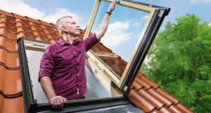 Как выбрать лучшие и безопасные сервисные окна для выхода на крышу