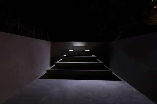 У великих пирамид появилась черная сестра