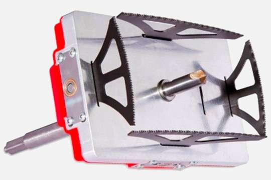 Разработана насадка на дрель для прямоугольных отверстий. Видео