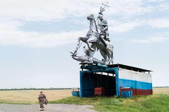 Приколы: самые ненормальные автобусные остановки советского периода. Фото