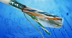 Как проложить в квартире интернет-кабель и не запутаться в электропроводке