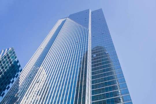 «Тонущий» небоскреб укрепят за $100 млн.